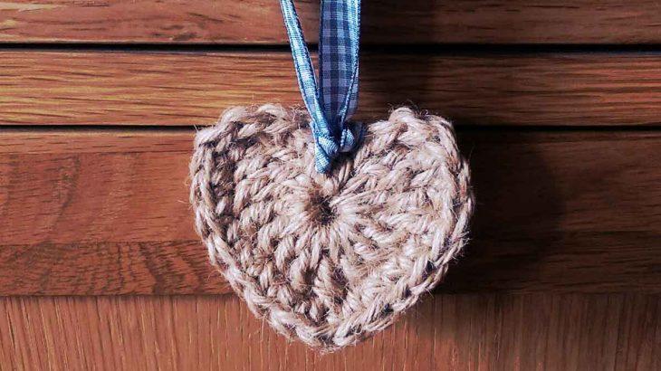 Crochet-heart-for-blog