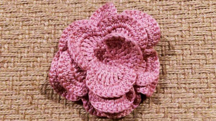 Crochet-rose-for-carousel